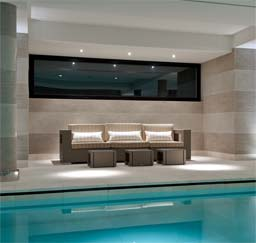 Swimming Pools: Armourcoat polished plaster Travertine with Spatulata bands, Zagaleta, Spain