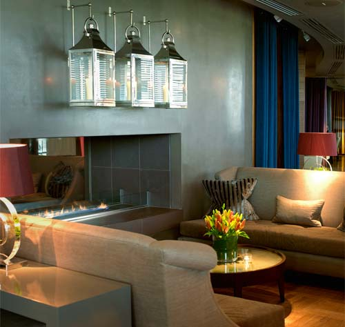 Smooth: Smooth Polished Plaster - Aviator Hotel in Farnborough